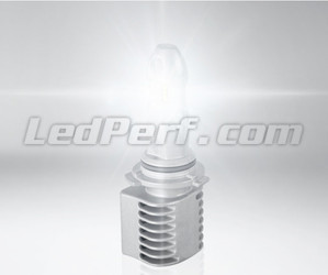 Bulb HB4 9006 LED Osram LEDriving Gen1 - 9506CW lighting in operation