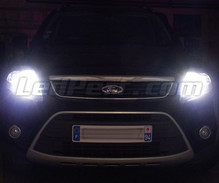 Xenon Effect bulbs pack for Ford Kuga headlights
