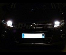 Xenon Effect bulbs pack for Volkswagen Tiguan headlights and daytime running lights